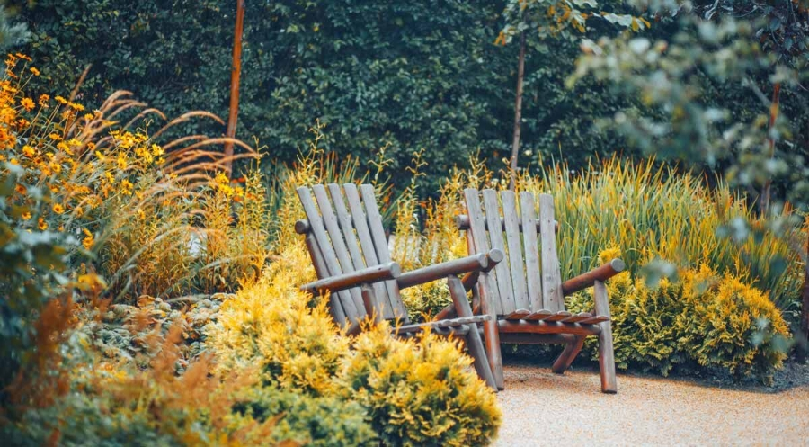 How to Enjoy Your Yard and Patio in Late Fall and Winter